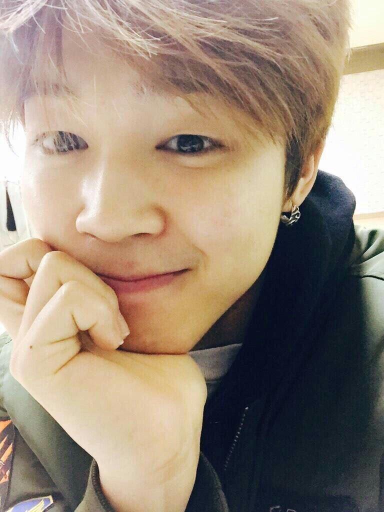 Jimin BTS, Những lần khoe mặt mộc của Jimin, Jimin khiến ARMY tưởng thiên thần, Jungkook, V, Jimin, mặt mộc của Jimin