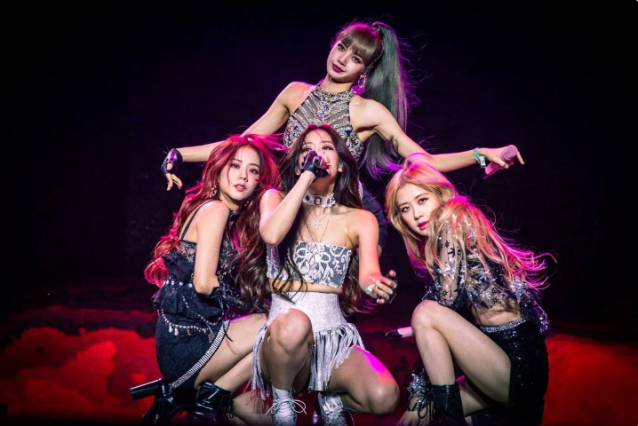 Blackpink, Blackpink không hoạt động tròn 1 năm, Blink réo tên YG Entertainment, Rose, iKon phát hành album comeback I Decide,Winner, Remember, Kill This Love
