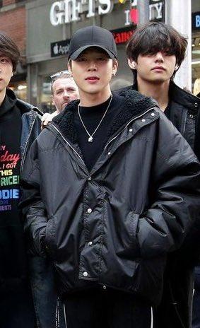 Jimin BTS, Hình ảnh đẹp nhất của Jimin BTS, Fan bình chọn cho Jimin BTS, cách ăn mặc của Jimin, Jimin được ARMY bình chọn, thời trang của Jimin