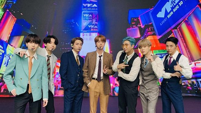 BTS thắng Giải Phát thanh Truyền hình Hàn Quốc năm thứ 3 liên tiếp