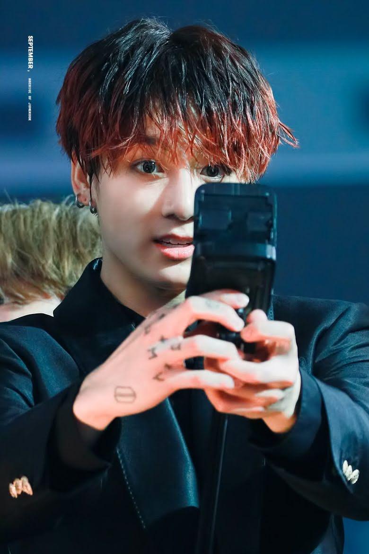 BTS, Jungkook, Hình xăm mới của Jungkook, Những hình xăm của các thành viên BTS, The Most beautiful Moment in Life Pt.1, The Most Beautiful Moment in Life Pt.2