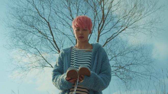 BTS vừa xác nhận giả thuyết bi kịch đứng sau ca khúc 'Spring Day'?