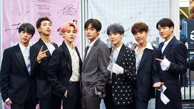 BTS bất ngờ chung 'nhà' với Son Ye Jin và Hyun Bin