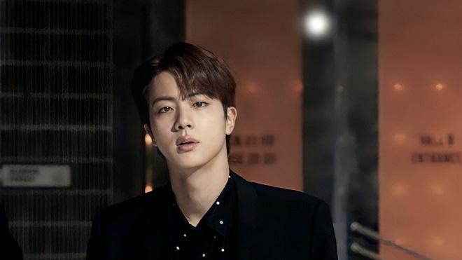 'Team qua đường' nói về vẻ ngoài thật của Jin BTS, nghe mà tức