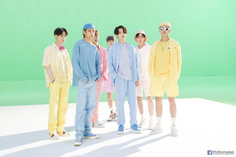 BTS, Jimin, Quần áo Jimin bị bán còn nguyên mùi cơ thể, Đấu giá hanbok Jimin, đấu giá đồ BTS, hanbok Jimin, mùi cơ thể Jimin