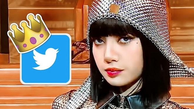 Diễn sung cùng iKON, 'nữ hoàng' Lisa Blackpink lên thẳng #1 thế giới