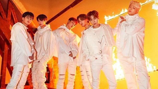 iKON 'diss' thẳng YG trên sóng, lộ tình trạng đáng buồn
