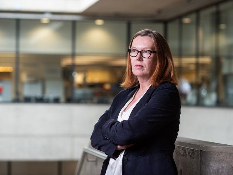 'Mẹ đẻ' vaccine AstraZeneca Sarah Gilbert: Nhà khoa học vì con người, xa lánh hào quang