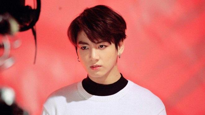 Một thành viên BTS mệt mỏi vì bị 'ship' với Jungkook