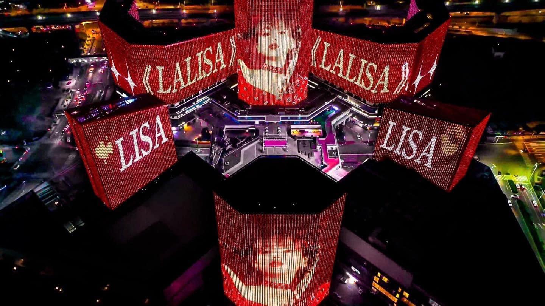 Blackpink, Lisa Blackpink, 1 fanboy chi núi tiền quảng bá cho solo Lisa Blackpink, lisa solo, solo Lisa Blackpink, fanboy chi núi tiền quảng bá cho Lisa Blackpink