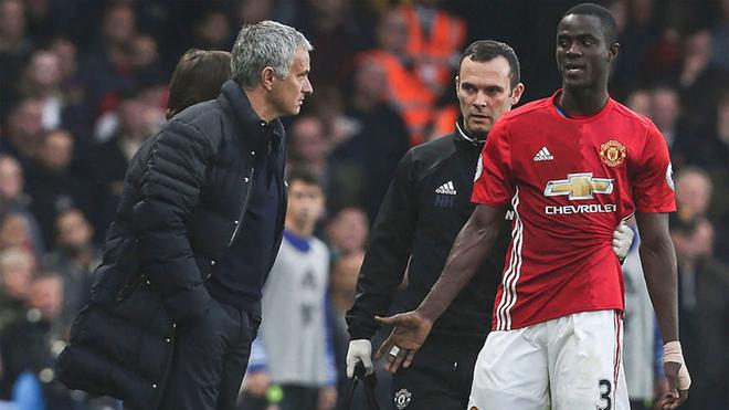 M.U có thể mất Eric Bailly đến hết mùa, Mourinho vẫn lạc quan