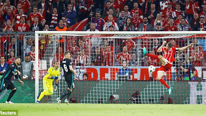 Bayern Munich 1-2 Real Madrid: Dứt điểm siêu tệ, Bayern trả giá cực đắt
