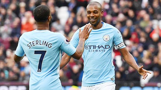 ĐIỂM NHẤN West Ham 1-4 Man City: Sterling lập hat-trick kiến tạo, Man City đi vào lịch sử