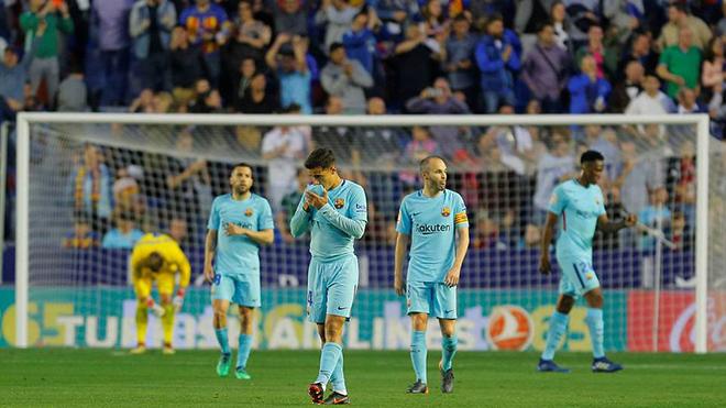 Video clip highlights bàn thắng Levante 5-4 Barcelona: Coutinho lập hat-trick, Barca vẫn tan mộng bất bại