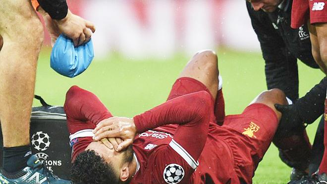 SỐC! Chamberlain nghỉ hết mùa 2018-19 vì chấn thương cực kỳ nghiêm trọng