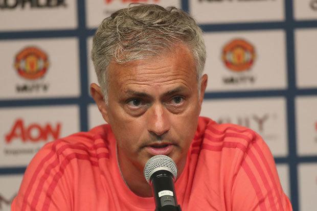 chuyển nhượng M.U, Mourinho