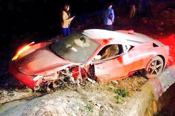 vidal, Vidal đến Barca, tai nạn