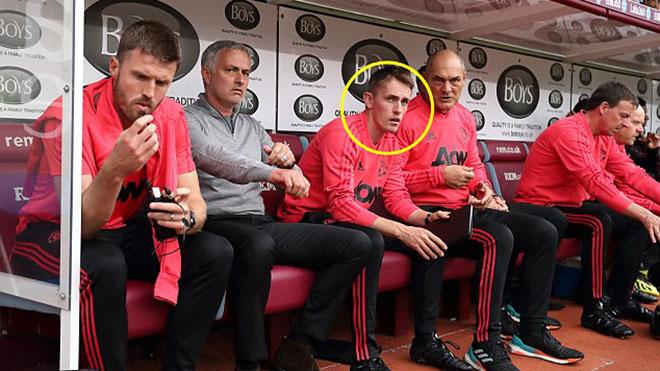 Mourinho sẽ hồi sinh M.U nhờ vị trợ lý có gương mặt trẻ thơ này?