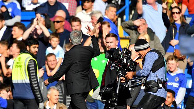 M.U: Đối với Mourinho, CĐV Chelsea là một lũ vô ơn