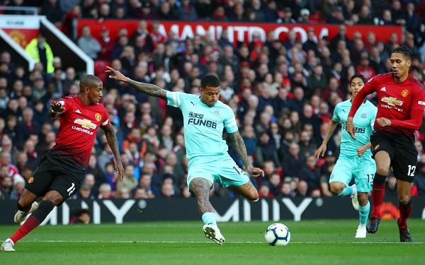 Mourinho họp báo sau trận MU vs Newcaslte, kết quả MU vs Newcastle, video MU 3-2 Newcastle, tương lai Mourinho, Mourinho bị sa thải, Mourinho mất việc, Mourinho ở lại