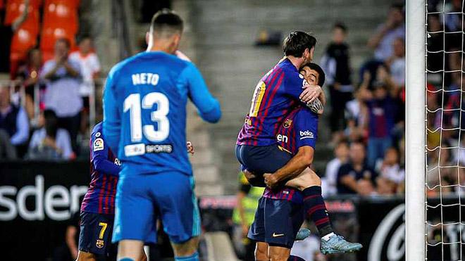 VIDEO Valencia 1-1 Barcelona: Messi tỏa sáng, Barca vẫn chưa thoát khủng hoảng