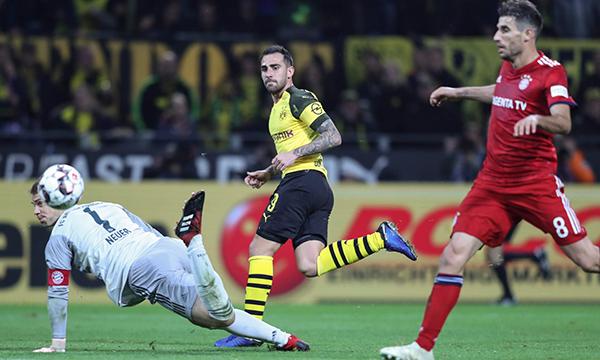 Video clip highlight Dortmund 3-2 Bayern Munich: Lewandowski tỏa sáng, Hùm xám vẫn thua sấp mặt