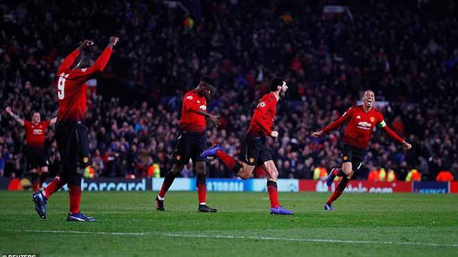 Video M.U 1-0 Young Boys: Fellaini tỏa sáng, Quỷ đỏ vào vòng 1/8