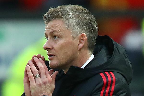Chuyển nhượng mùa đông, chuyển nhượng Man United, chuyển nhượng MU, chuyển nhượng M.U, Inter Milan mua Ashley Young, Rashford ở lại MU, Manchester United, Man United, MU