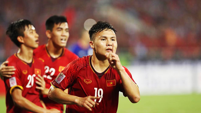 Cầu thủ Việt Nam ghi bàn đầu tiên ở Asian Cup 2019: Quang Hải vẫn là ứng viên số một