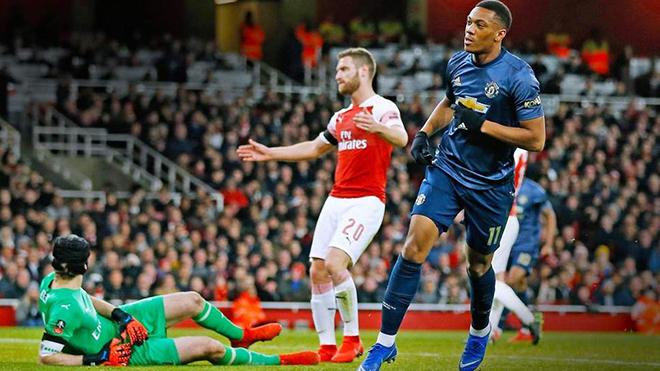 Cuộc đua Top 4 Ngoại hạng Anh: MU đã bị Arsenal vượt mặt