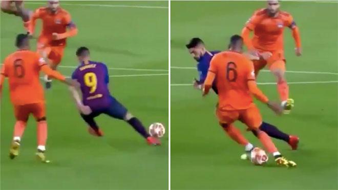 Luis Suarez khiến cầu thủ Lyon ngã nhào mà không cần chạm bóng
