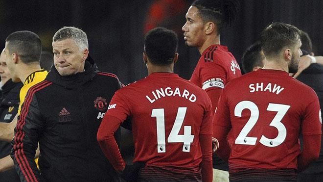 Tin HOT MU: Valencia tới MLS, Varane chọn Juve, Quỷ đỏ khủng hoảng hàng thủ