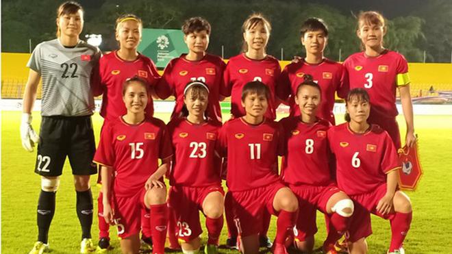 Nữ Uzbekistan 1-2 Nữ Việt Nam: Tuyết Dung, Huỳnh Như tỏa sáng, Việt Nam rộng cửa đi tiếp