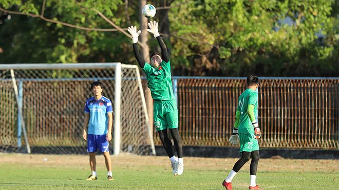 lịch thi đấu vòng loại World Cup 2022 bảng G, Việt Nam đấu với Indonesia, trực tiếp bóng đá hôm nay, VTV6, VTC1, bảng xếp hạng bảng G WC 2022, Indonesia vs Vietnam, Tuấn Anh, Văn Lâm