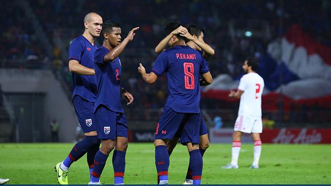 Ket qua bong da, kết quả bóng đá, kết quả Thái Lan vs UAE, Thái Lan 2-1 UAE, kết quả vòng loại World Cup 2022 bảng G khu vực châu Á. BXH bảng G, Indonesia 1-3 Việt Nam