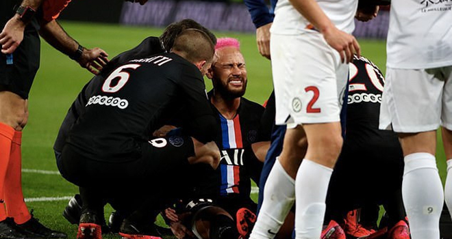 Bong da, bong da hom nay, Neymar, Neymar chấn thương, Neymar tổ chức sinh nhật, PSG, Thomas Tuchel, HLV Thomas Tuchel, Kylian Mbappe, Nantes vs PSG, lịch thi đấu Ligue 1