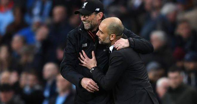 Bong da, Tin tuc bong da, Man City khiến Liverpool mắc sai lầm như MU năm xưa, MU, Liverpool, Man City, Ngoại hạng Anh trở lại, Lich thi đấu Ngoại hạng Anh, bóng đá Anh