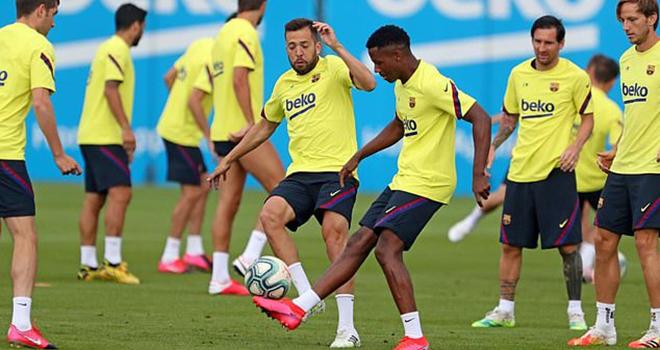 Bong da, Tin tuc bong da, 7 thành viên Barcelona nhiễm Covid-19 nhưng bị giấu, tin bóng đá, cầu thủ Barca nhiễm Covid-19, covid19, virus corona, bóng đá, barca, barcelona