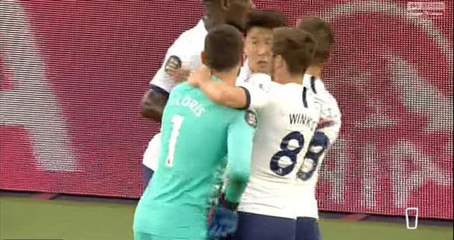 Ket qua bong da, Tottenham vs Everton, LLoris và Son xô xát, Mourinho nói gì, ket qua bong da Anh, Tottenham 1-0 Everton, Lloris và Son, Mourinho, Lloris, Son, Tottenham