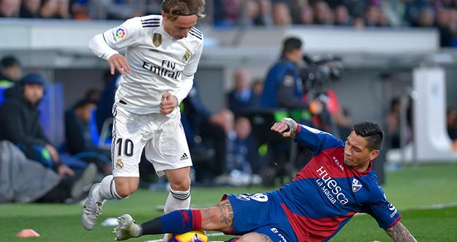 Real Madrid vs Huesca, Lich thi dau bong da hom nay, SLNA vs Nam Định, Hải Phòng vs Quảng Nam, BĐTV, lịch thi đấu V-League, BXH V-League, SLNA đấu với Nam Định, Quảng Nam đấu với Hải Phòng