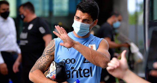 Luis Suarez nhiễm Covid-19, Lus Suarez lỡ hẹn đại chiến với Brazil và Barcelona, Luis Suarez, đội tuyển Uruguay, Atletico Madrid, Uruguay vs Brazil, Atletico vs Barcelona