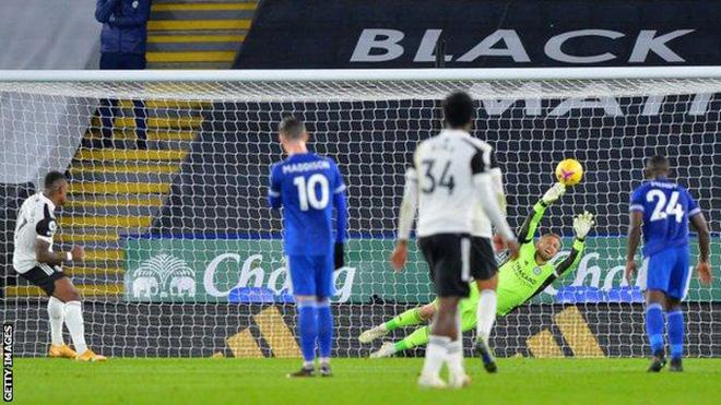 Bảng xếp hạng Ngoại hạng Anh vòng 10: West Ham vượt mặt MU. Leicester lỡ cơ hội lên nhì bảng