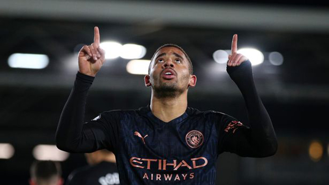 Bảng xếp hạng Ngoại hạng Anh: Man City hơn MU 17 điểm, Chelsea lỡ cơ hội bứt phá