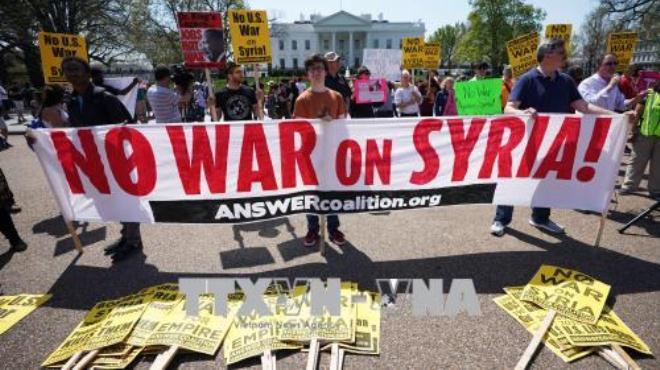 Biểu tình tại nhiều thành phố Mỹ phản đối chiến dịch không kích Syria