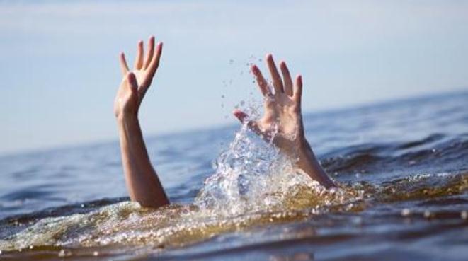 Nghệ An: Hai anh em ruột đuối nước khi tắm ao gần nhà