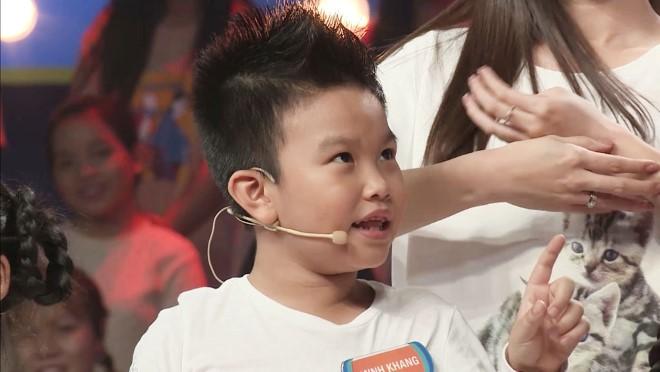 Xem 'Nhanh như chớp nhí' tập 17: 'Cậu bé biết tuốt' Minh Khang khiến Trấn Thành 'xoắn não'