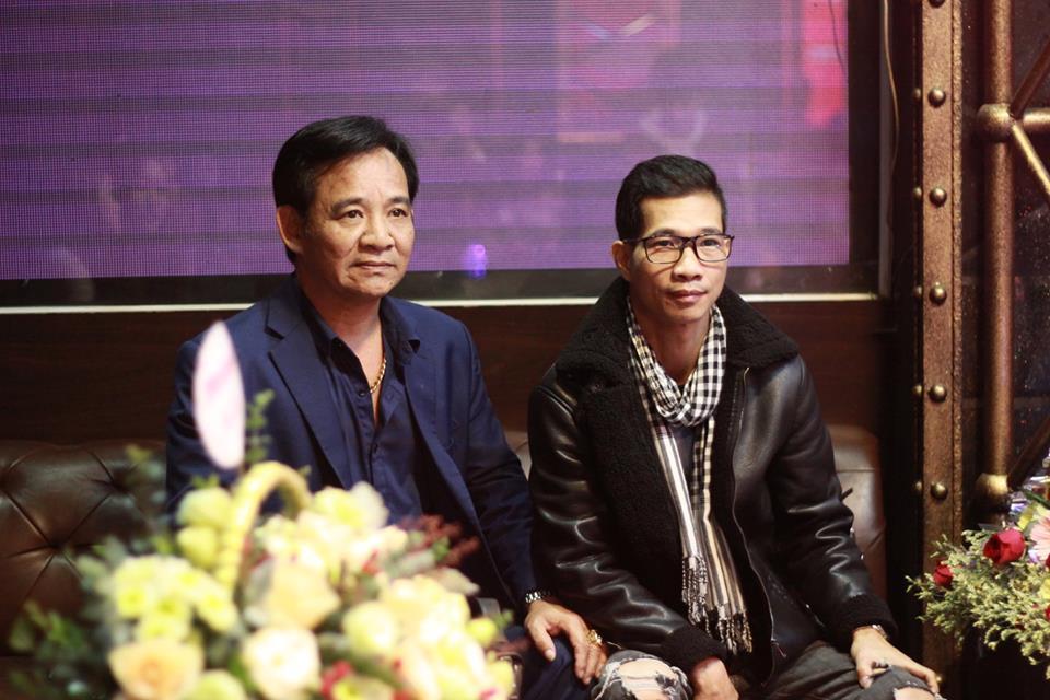NSƯT Quang Tèo và đạo diễnPhạm Nguyên Bắc tại buổi ra mắtNgoan lại không có quà 2