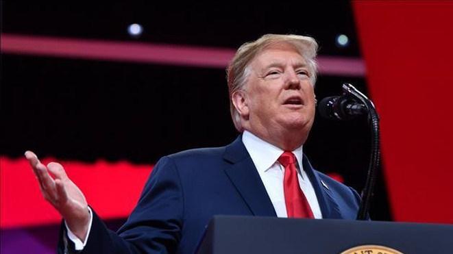 Tổng thống Mỹ dọa đưa người di cư bất hợp pháp đến các 'thành phố trú ẩn'