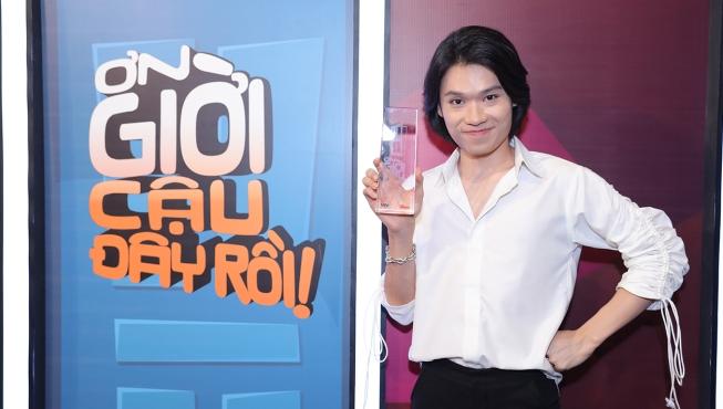 Tập 2 'Ơn giời, cậu đây rồi': Quang Trung cãi 'lật mặt' ông chủ' Trấn Thành, giành cúp với 90% bình chọn