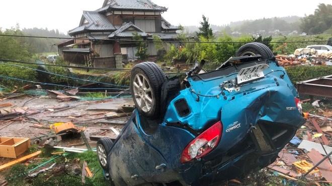 Xem lại cảnh tàn phá của siêu bão Hagibis sau khi đổ bộ vào Nhật Bản